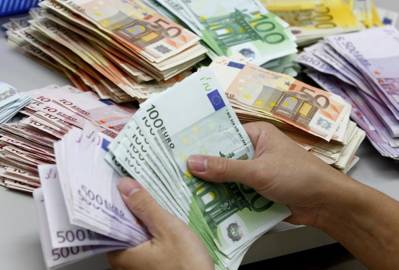 Fonduri europene de 25.000 Euro pentru Someri si Angajati